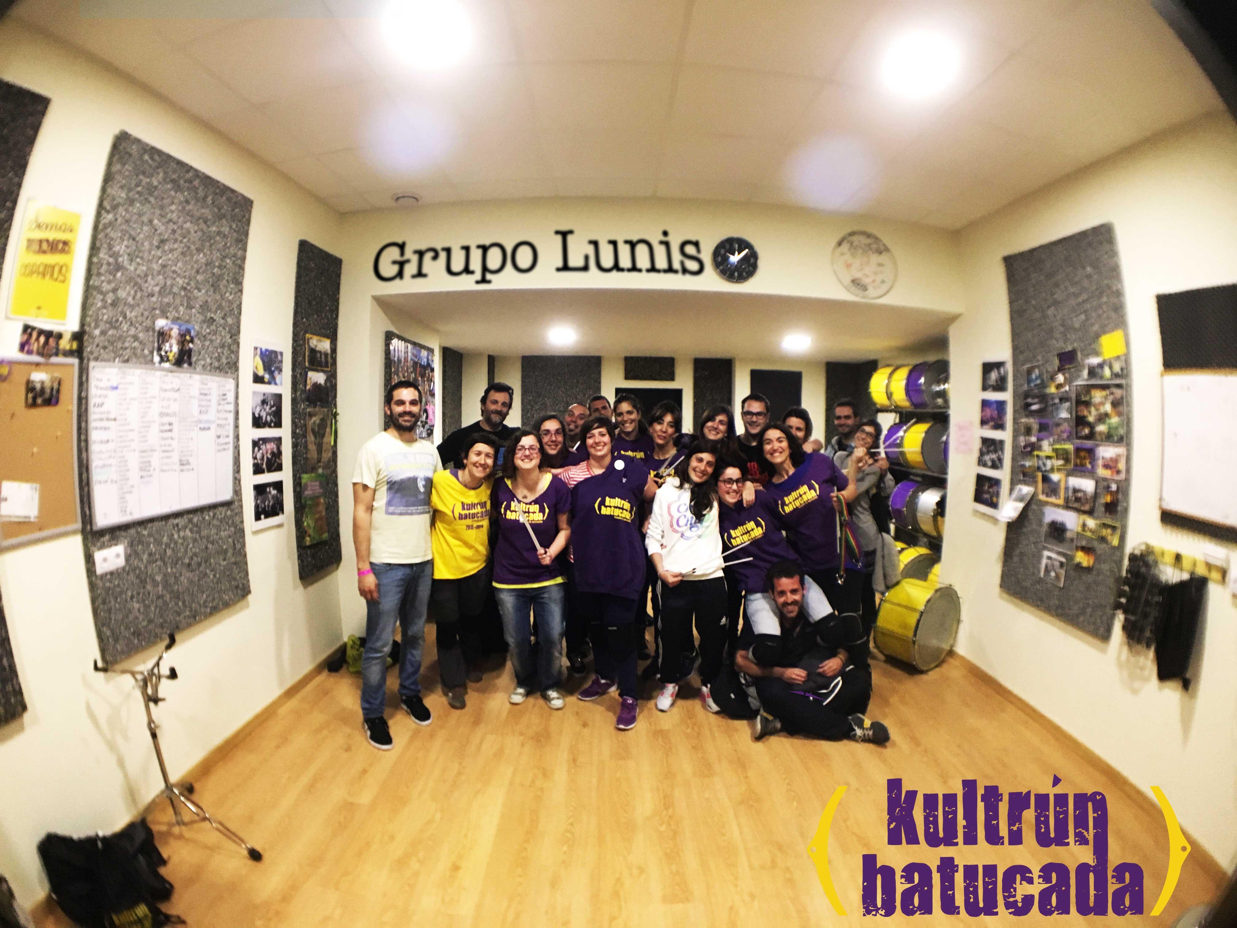 Grupo Lunes Kultrun batucada
